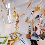 2008 ギャラリーギャラリー個展     大量消費に対する批判を表現するため、インクジェットされたポリエステル布にミラーシートを張り合わせたもので空間を構成